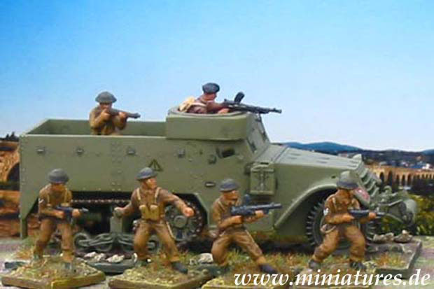 M5A1 Half-Track und infantry of the 1st Motor Battalion, Grenadier Guards