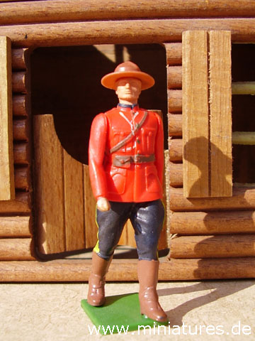 Mounty der North West Mounted Police, 1:32 Figur von Britains